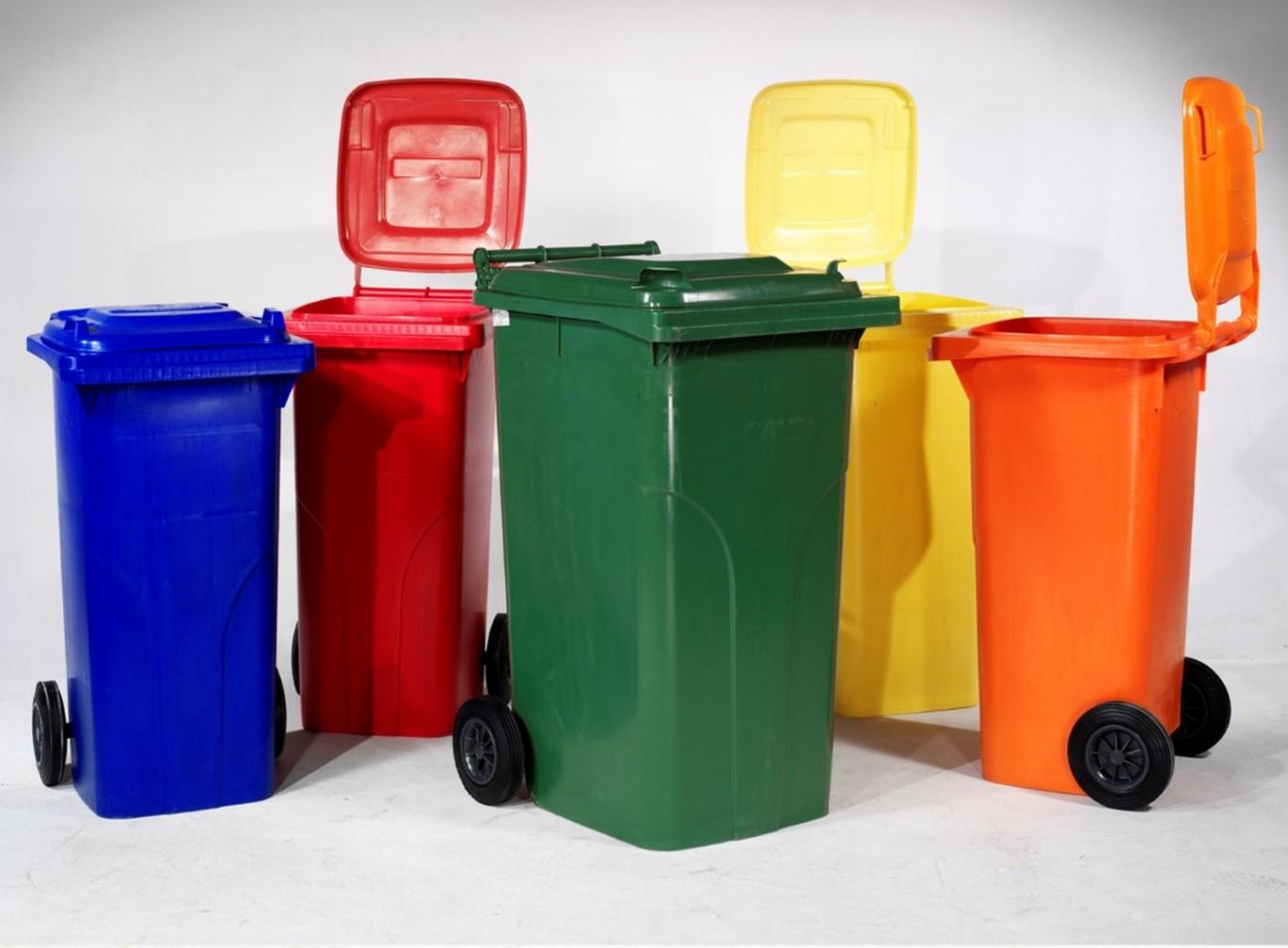 контейнеры с разделением по цвету