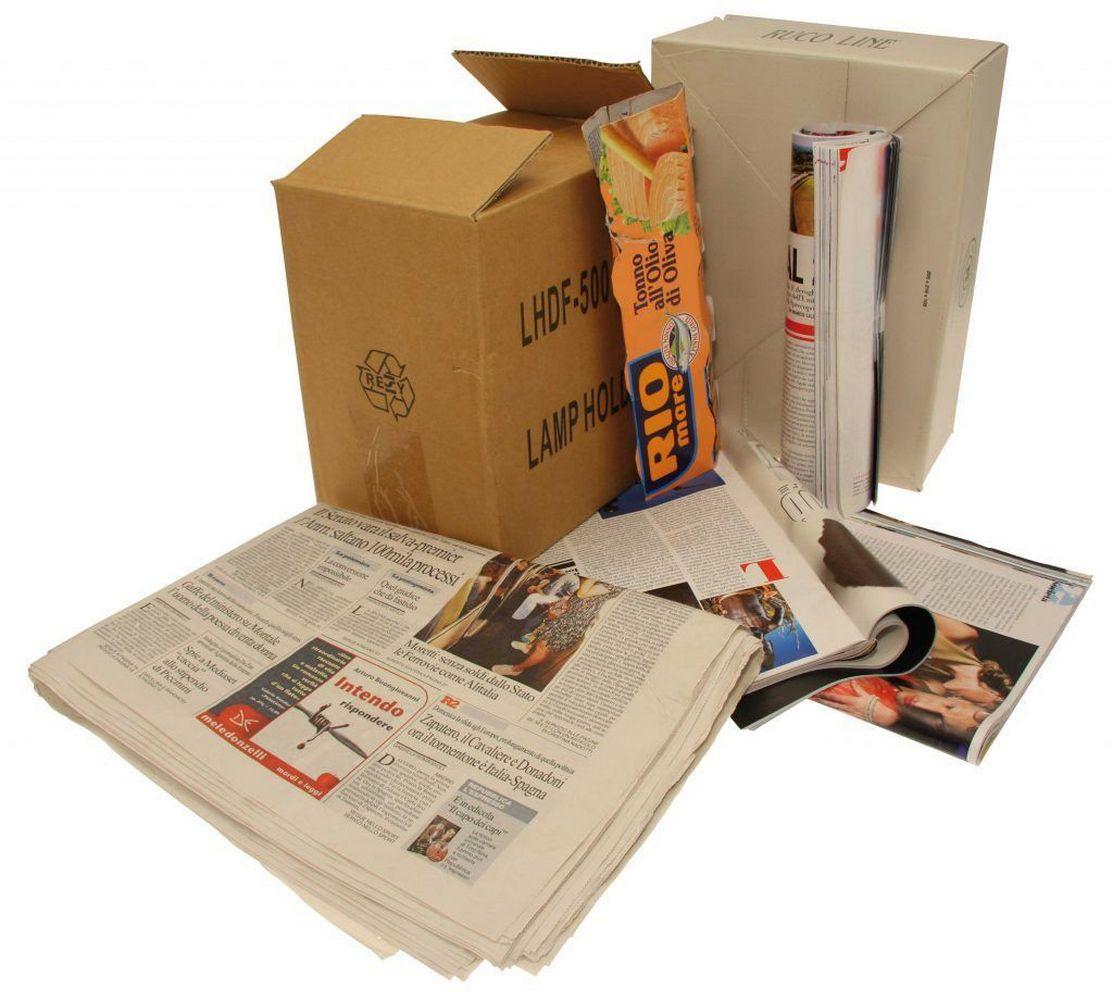 макулатура газеты и картонные коробки