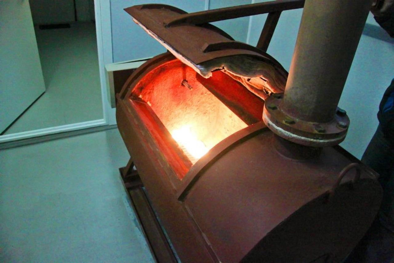 Печь для кремации свиней