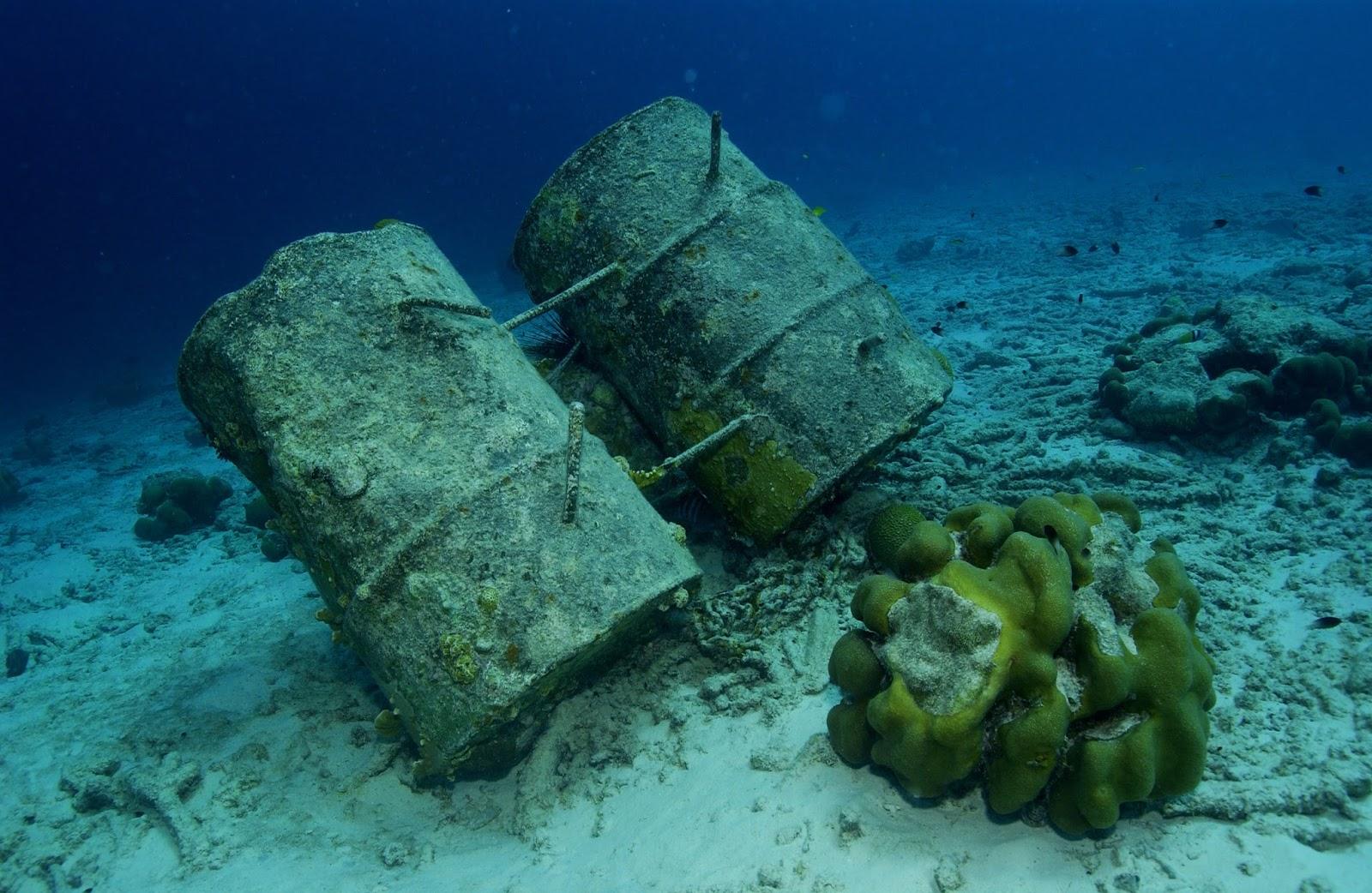 Химикаты на дне океана